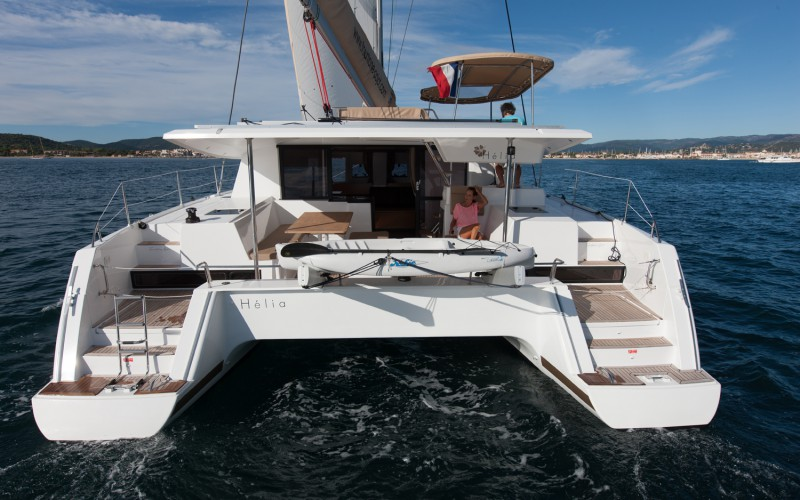 location catamaran corse helia 44