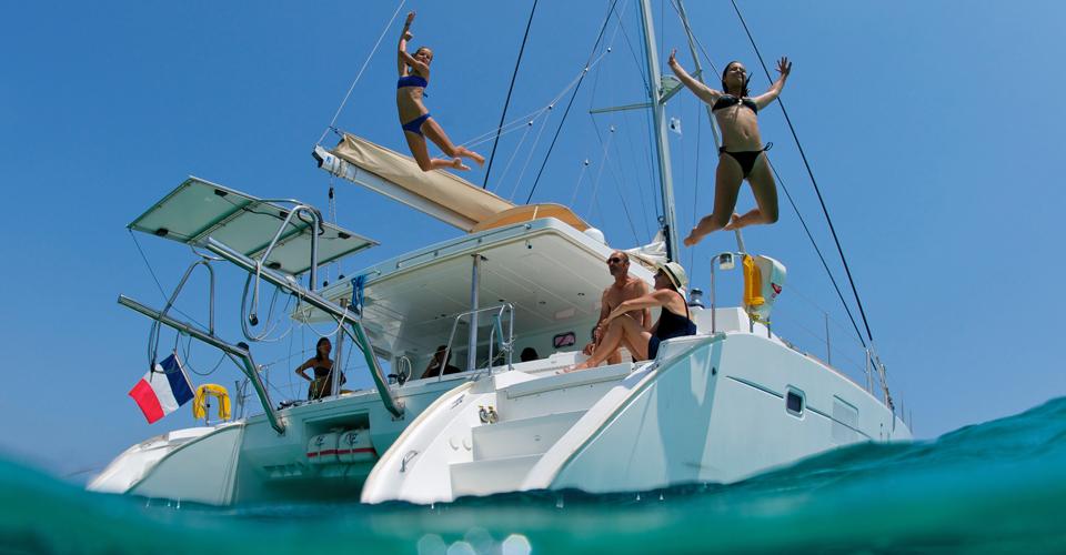 location-catamaran-corse-01